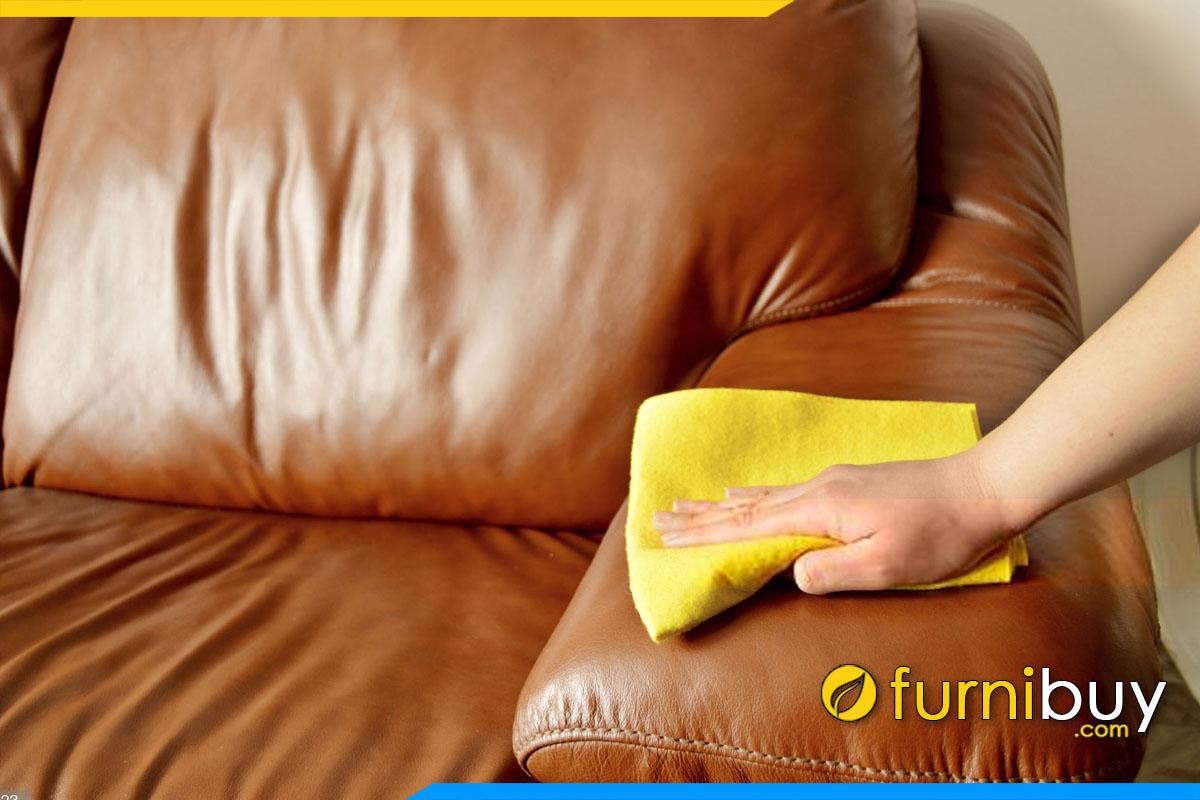dung khan va ve sinh ghe sofa